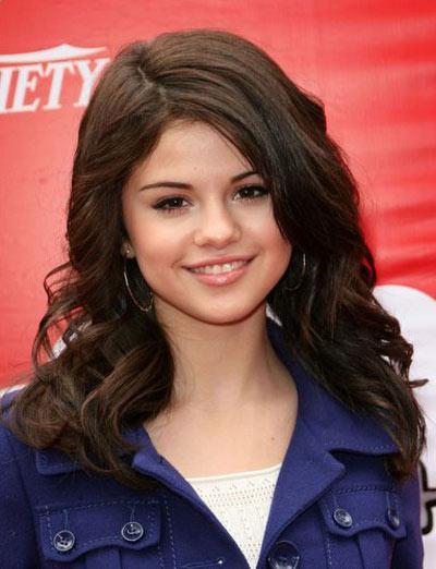 selena gomez 2011 hair. 2011 selena gomez hairstyles