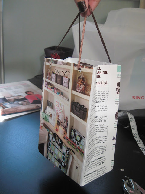 Life with crazy rachel tutorial how to make a gift bag for How to recycle old magazines