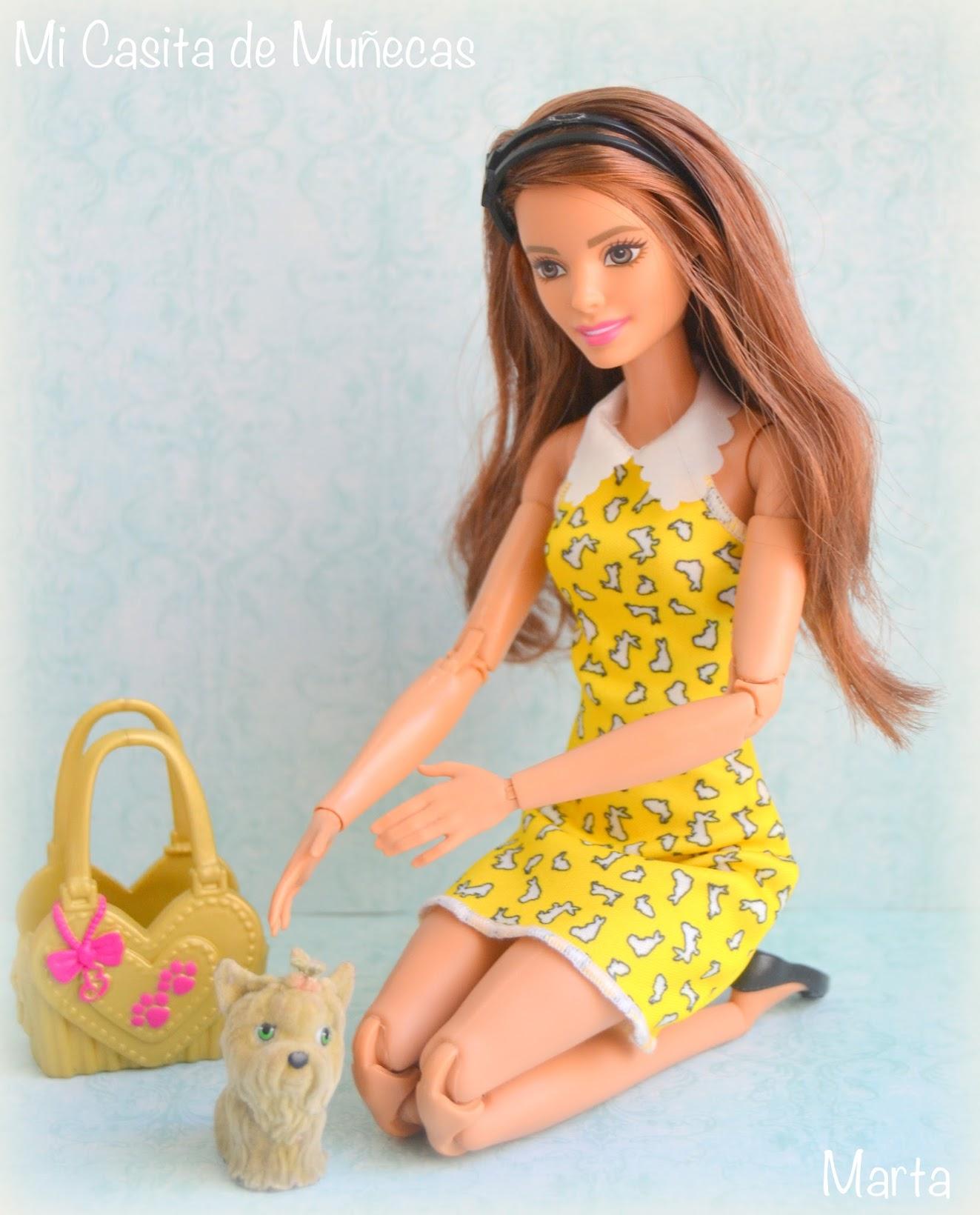 Barbie y sus vestidos, Mi Casita de Muñecas, Marta del Pino, Barbie made to move