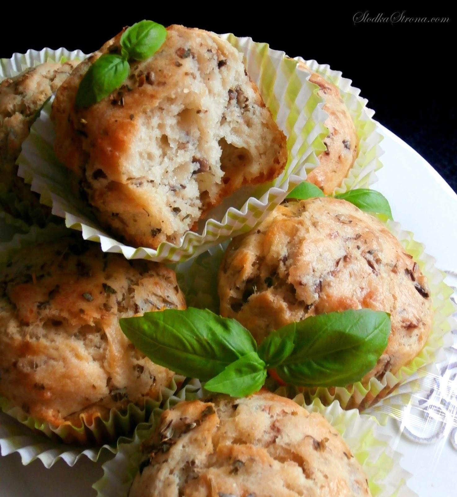 Muffiny z Pieczarkami i Serem - Przepis - Słodka Strona