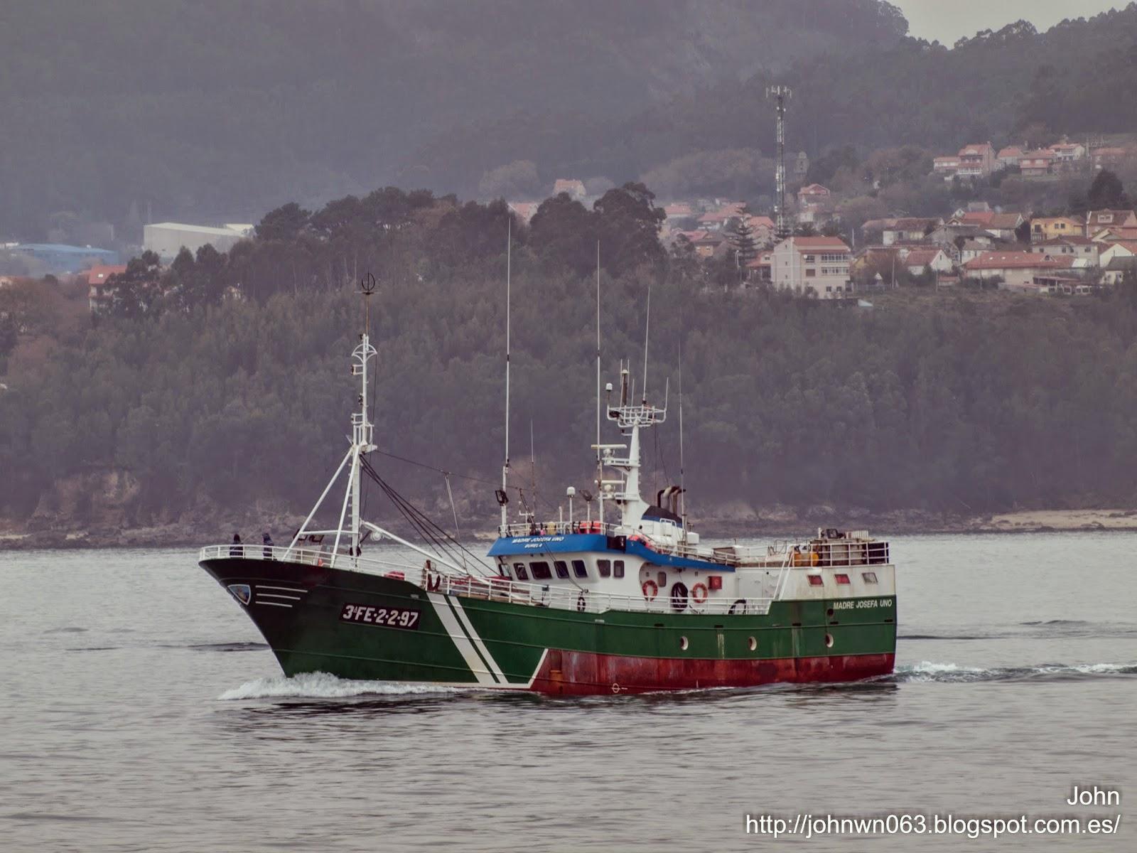 fotos de barcos, imagenes de barcos, madre josefa uno, burela, palangrero, vigo
