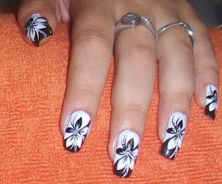 nokti slike crno beli motivi 001