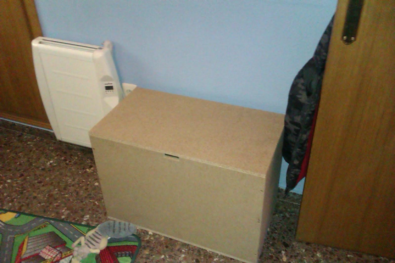 Las cosas de brujita baul que sirve de asiento cajas de for Leroy cajas ordenacion