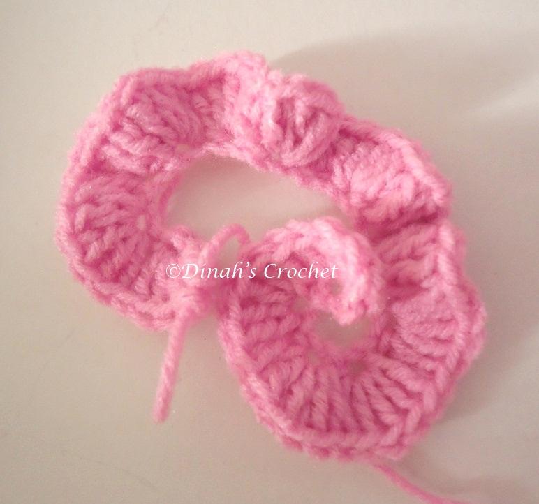 Dinah crochet how to crochet a rose 1 r 2 2 ch 3 dc 2 ch 2 slip stitch lihat gambar ulang mengait sehingga siap round ke 2 ccuart Images