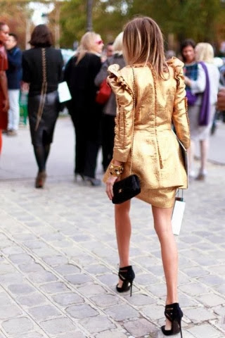 Street style gold 01