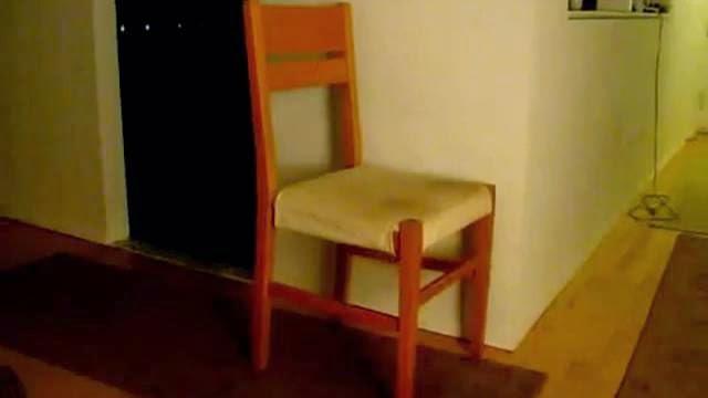 La vidéo de chaise la plus épique au monde!!!