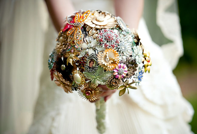 Wedding Brooches For Dresses