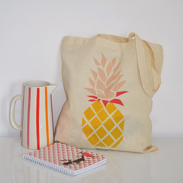 http://www.petite-mila.com/product/mon-tote-bag-ananas