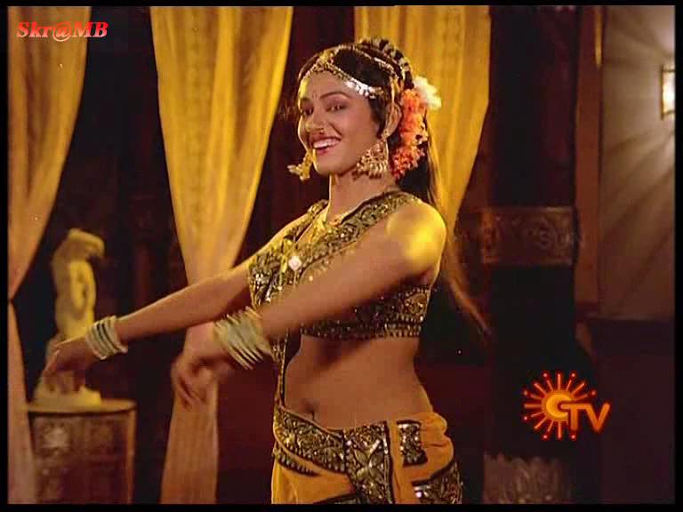 ... Saree Below Navel Show Photos Malayalam Actress - SAREE BELOW NAVEL