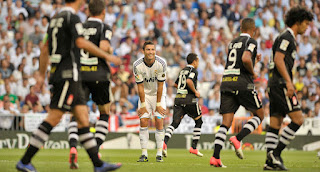 Cristiano+Ronaldo+Real+Madrid+CF+v+Granada+QUYfhztXy gl صور كريستيانو رونالدو مباراة غرناطة الدوري 2012/2013 2 سبتمبر 2012