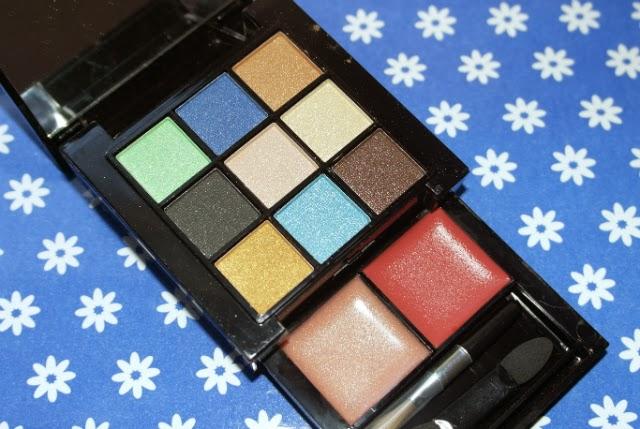 resenha-maquiagem-estojo-kit-terracota-paleta-9-sombras-2-gloss-batom-star-cosmeticos-makeup