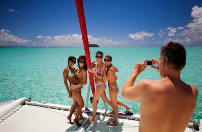 Holiday in Tahiti, camera for holiday, adventure, beach holiday, honeymoon, backpackers style