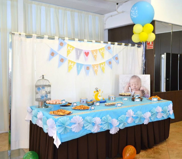 Mesa dulce Bautizo niño tarta decoracion fondant galletas decoradas tematica ositos elefantes girnalda, globos, elio Gandia, xativa ontinyent alcoy albaida