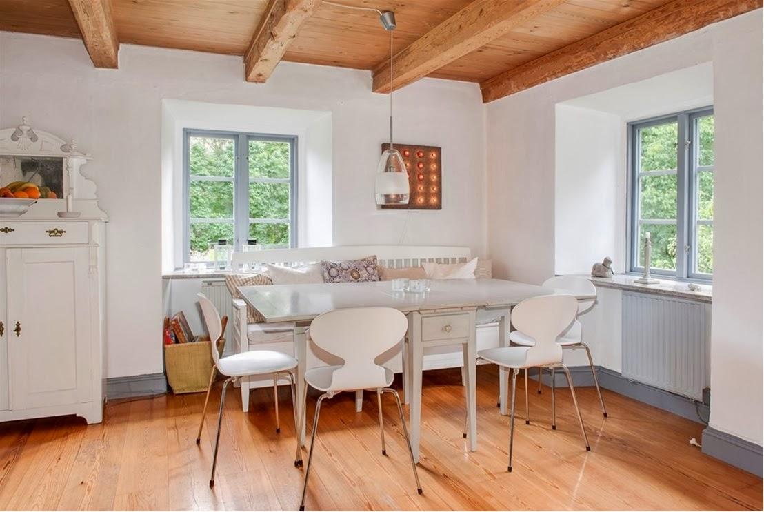 Inspirationsbilder Lantligt Kok : Slagbord med mer eleganta matsalsstolar