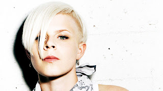 Robyn Swedish Pop Star HD Wallpaper
