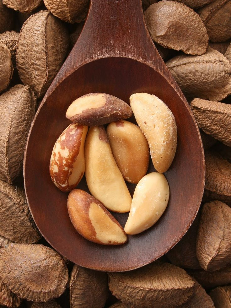 Brazil nuts may reduce risk of cervical cancer / selenium rich foods / selenium and risk of cervical cancer research / via www.fashionedbylove.co.uk
