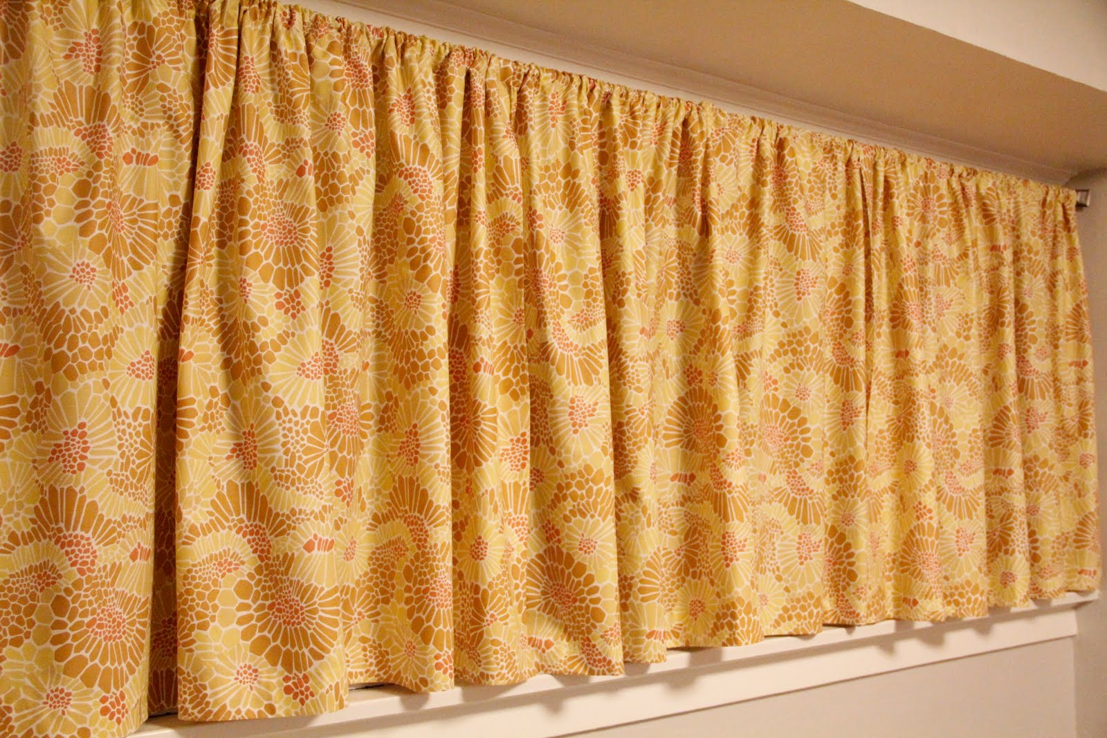 Homemade curtains - Homemade Curtains That Are Way Cheaper Than Pier One Curtains