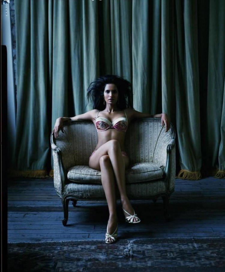 Scandals Padma Lakshmi Hot Model Photo Gallery