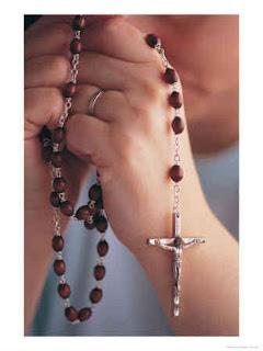 rezar terço católico