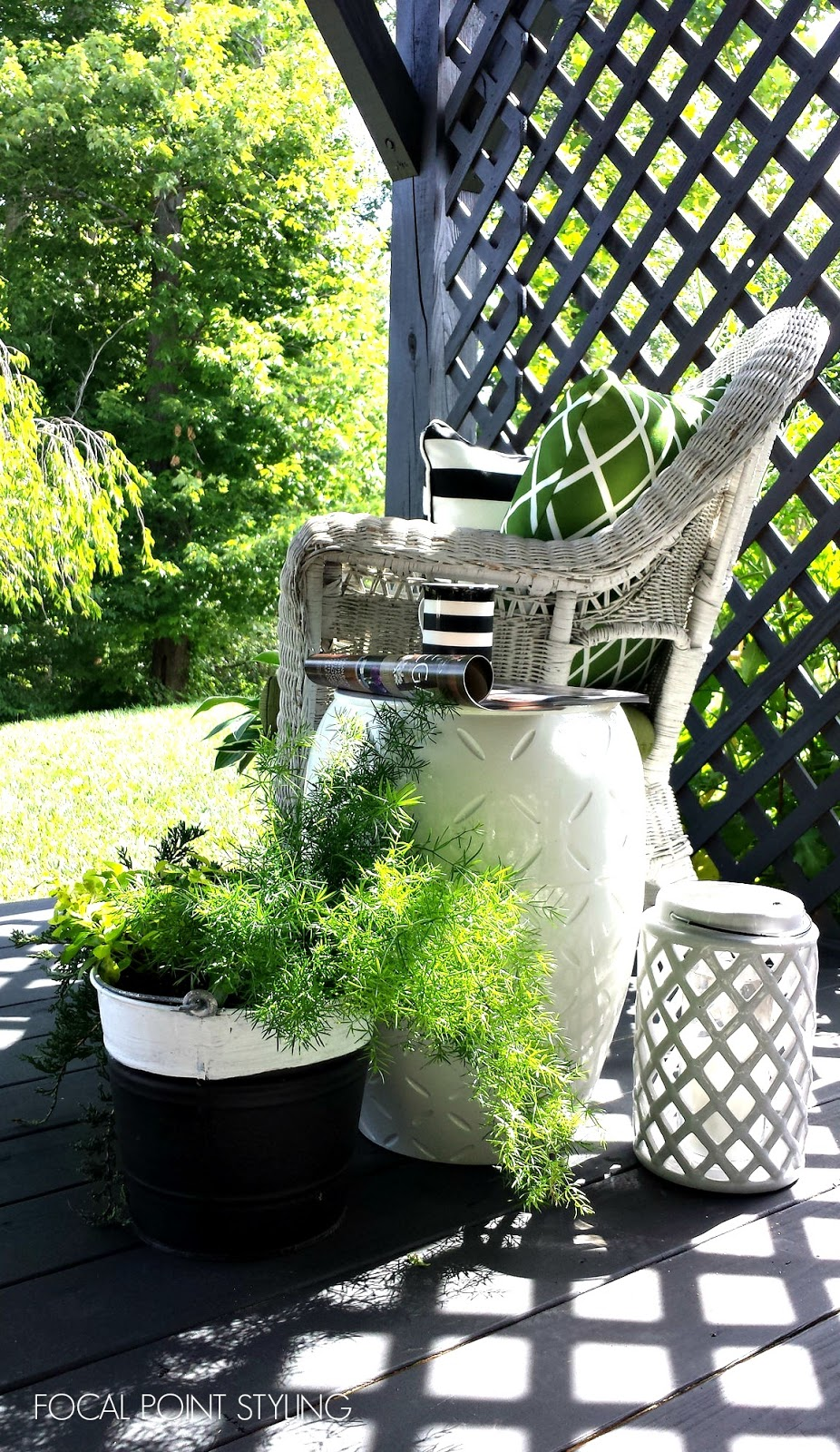 FOCAL POINT STYLING: Easy Outdoor Decorating: Mixing Old & New Deck ...