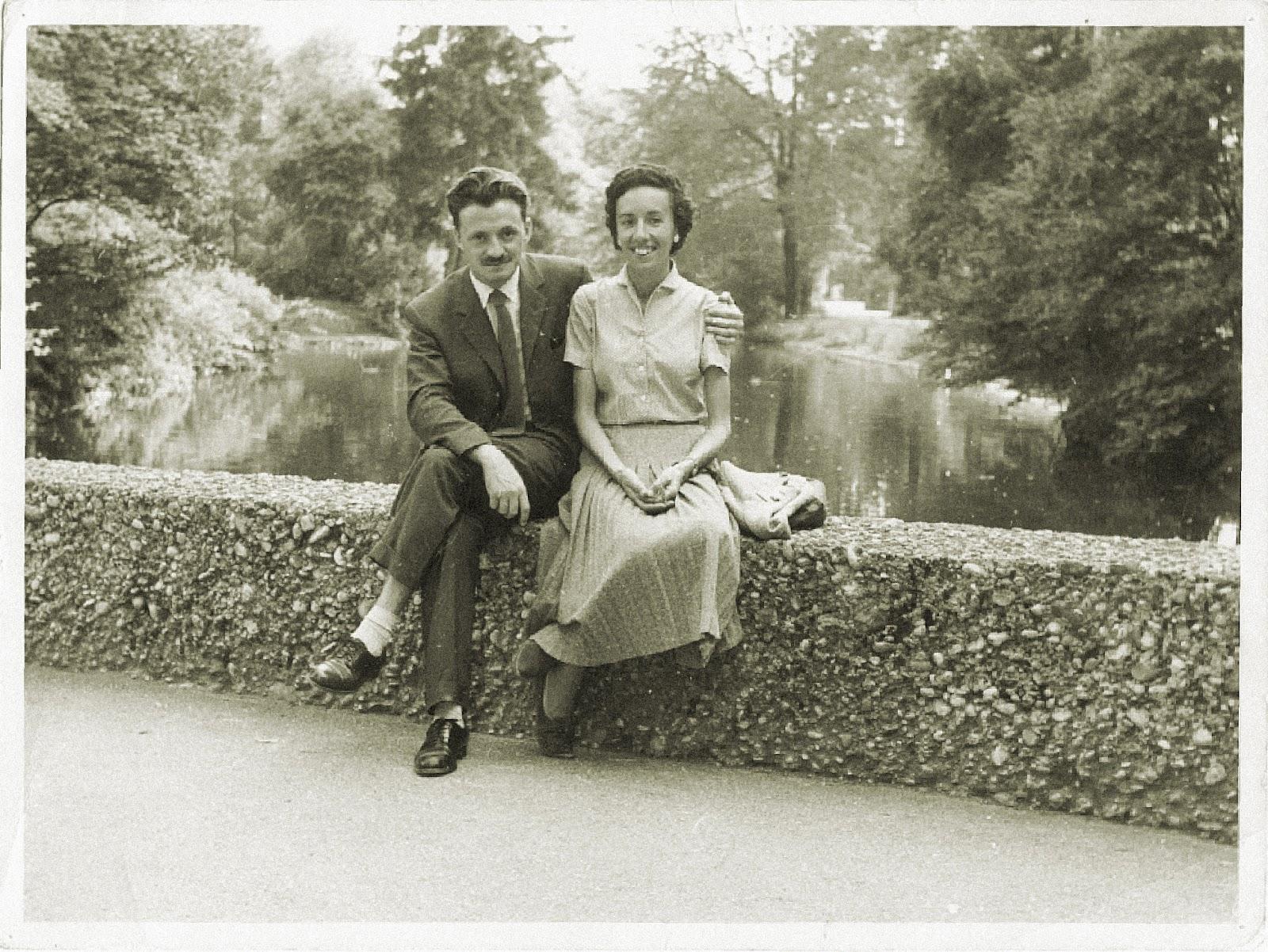 Mario Benedetti y su esposa Luz López, en 1955