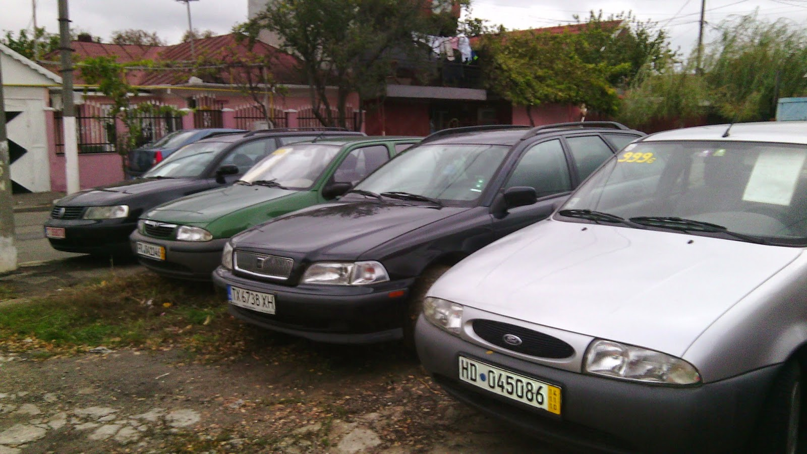http://tractariautoconstanta.blogspot.ro/2012/02/volvo-v40-benzina-115cp-de-vinzare.html