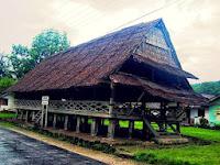 Download this Rumah Adat Sumatera Utara picture