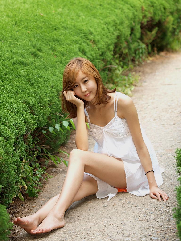 以前你一见到我 (yǐ qián nǐ yī jiàn dào wǒ) - Previously when you see me 带给我无限欢乐 (dài gěi wǒ wú xiàn huān lè) - Brings me great joy