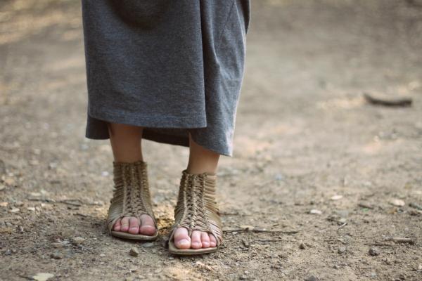mia gladiator sandals