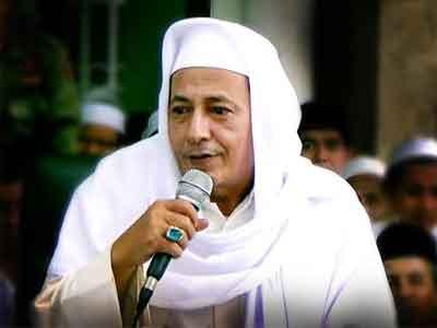 Habib Lutfi bin Yahya: Membaca Maulid Nabi pun Menjadi Wajib