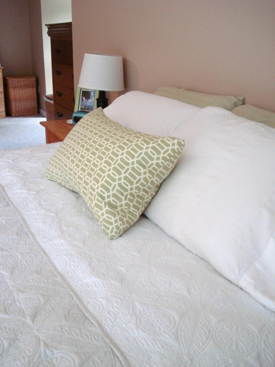 summer bedding makes me smile
