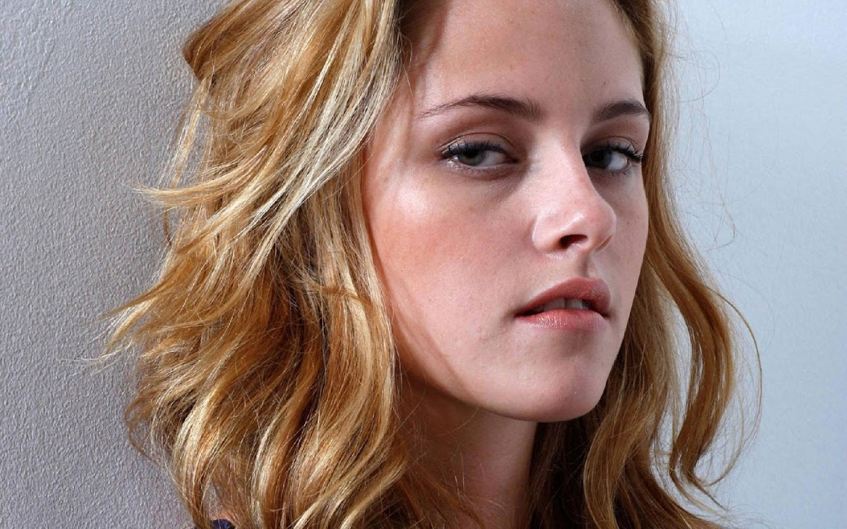 Kristen Stewart Widescreen HD Wallpaper 5