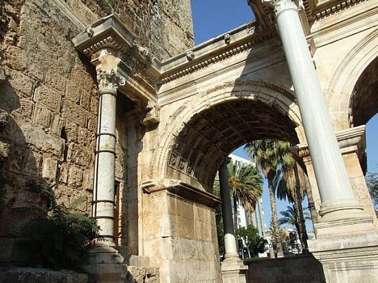 Antalya-Hadrians Gate, Turkey  Vacation Wallpapers