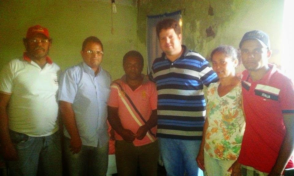 Dr. Júnior recebe adesões de três familias em Ouro Velho