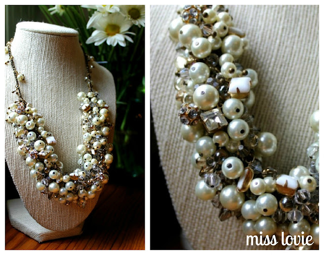 http://missloviecreations.blogspot.com/2012/06/diy-statement-bridal-necklace-tutorial.html