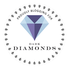 Dark Diamond Blogger