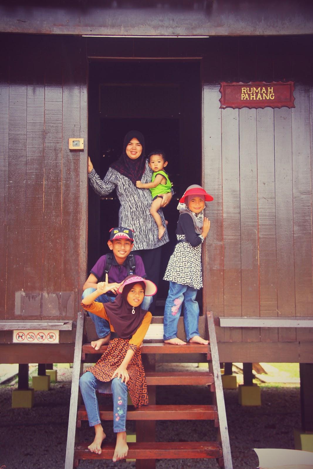 Tangga Rumah Pahang