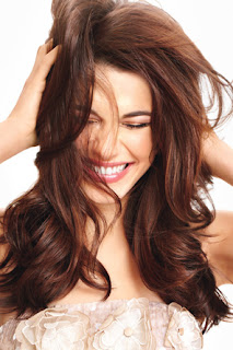 استعملي هذه الوصفة لتطويل شعرك