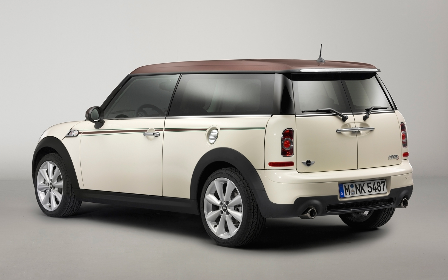 most desirable cars in the world mini cooper clubman. Black Bedroom Furniture Sets. Home Design Ideas