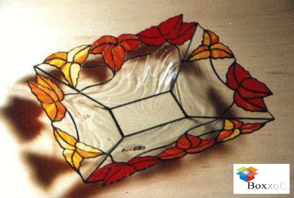 Box interior design frutero en vitral for Comedor japones bogota