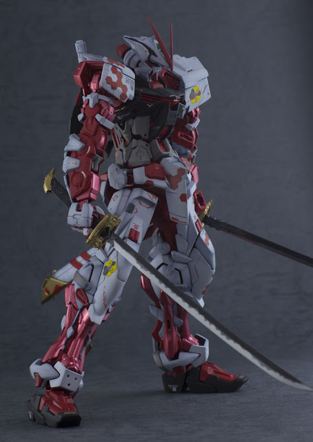 Modified Gundam Astray Red Frame Model Kits