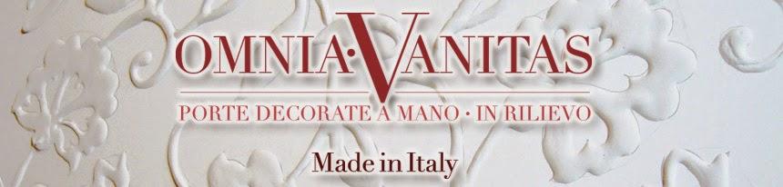 Omnia•Vanitas•porte•decorate•in rilievo