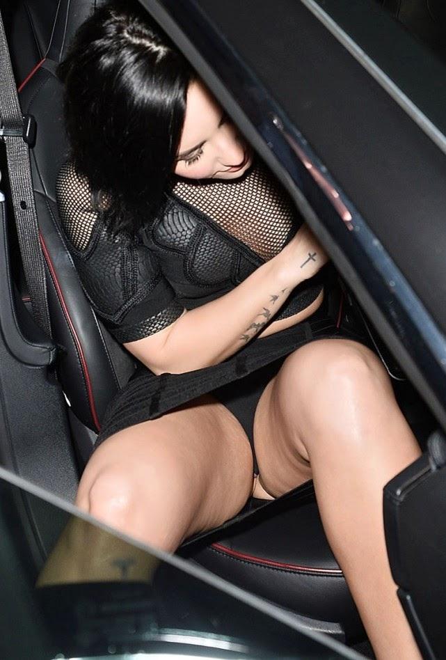 Miren el calzón de Demi Lovato