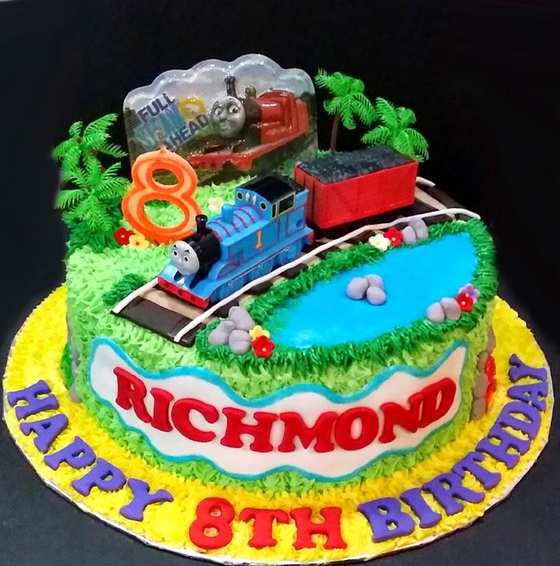 Cupcake Divinity: Richmond Thomas The Train Cake