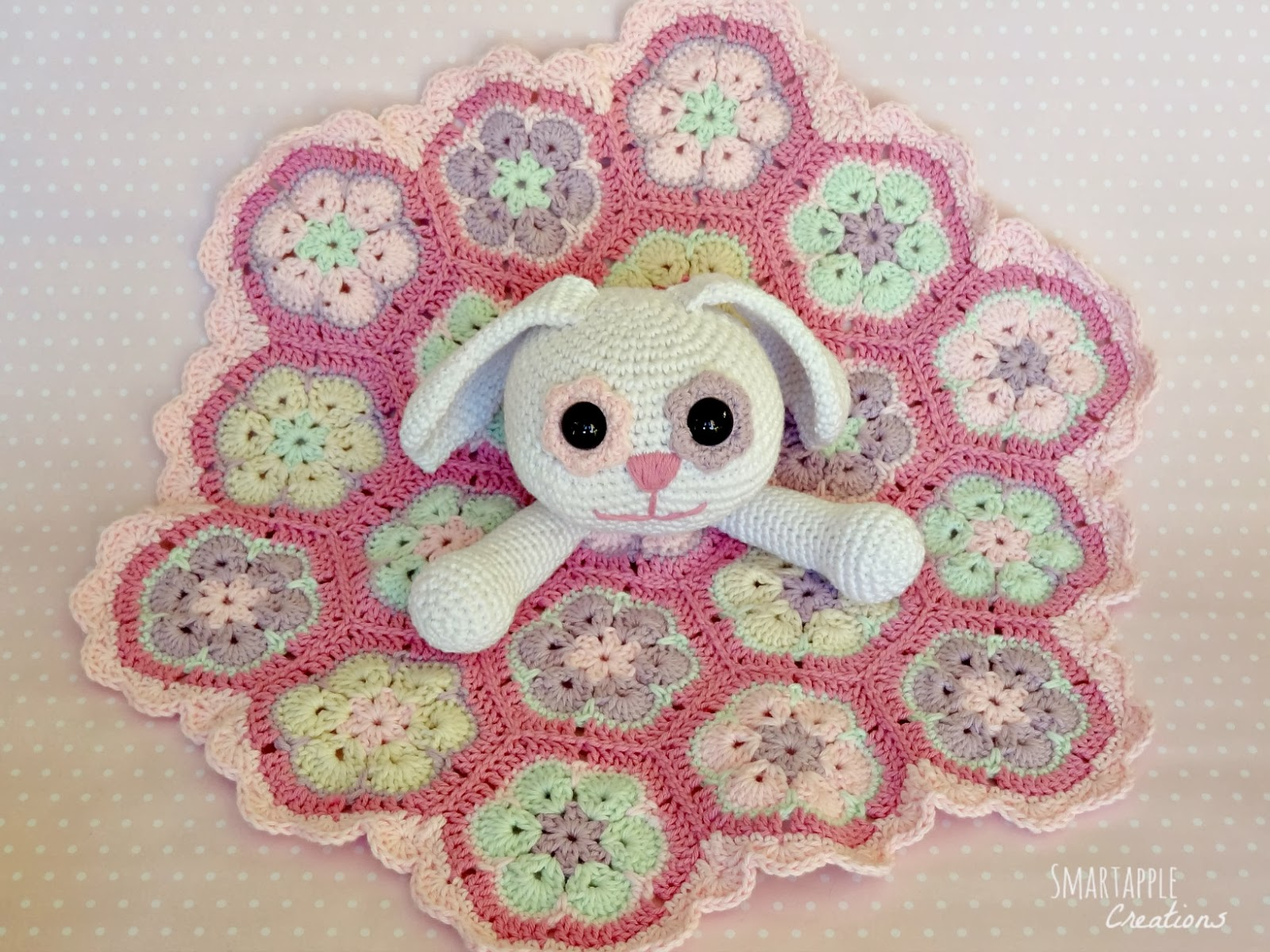 African Flower Amigurumi Free Pattern : Smartapple Creations - amigurumi and crochet: Crochet ...