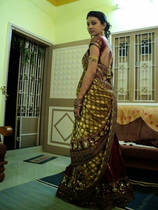 Indian Beautiful Housewife In Saree Images Collection