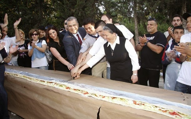 6. O sanduíche mais longo do mundo