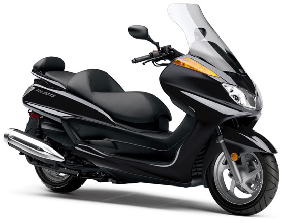 2011 Yamaha Majesty Honda Beat
