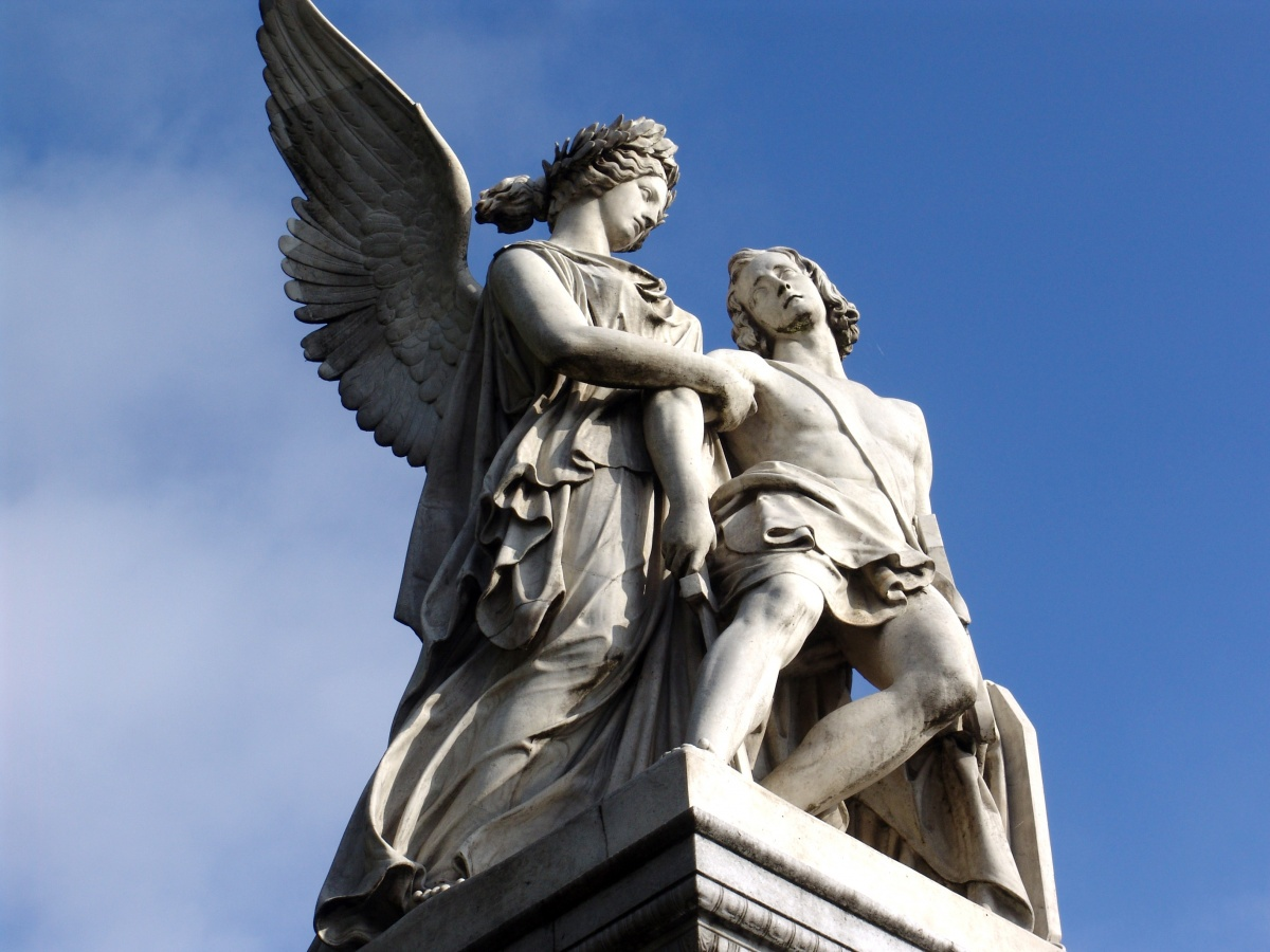 32 Powerful Statues Of Greek Gods Goddesses