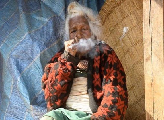 Rahsia umur panjang wanita berusia 112 tahun adalah merokok 30 batang sehari